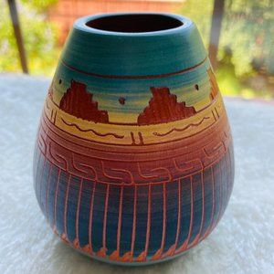 Navajo Etchware Pottery Arts & Crafts Vase